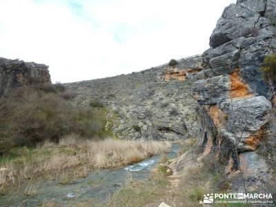 Barranco Río Dulce; senderismo con gps; baston senderismo;grandes rutas senderismo